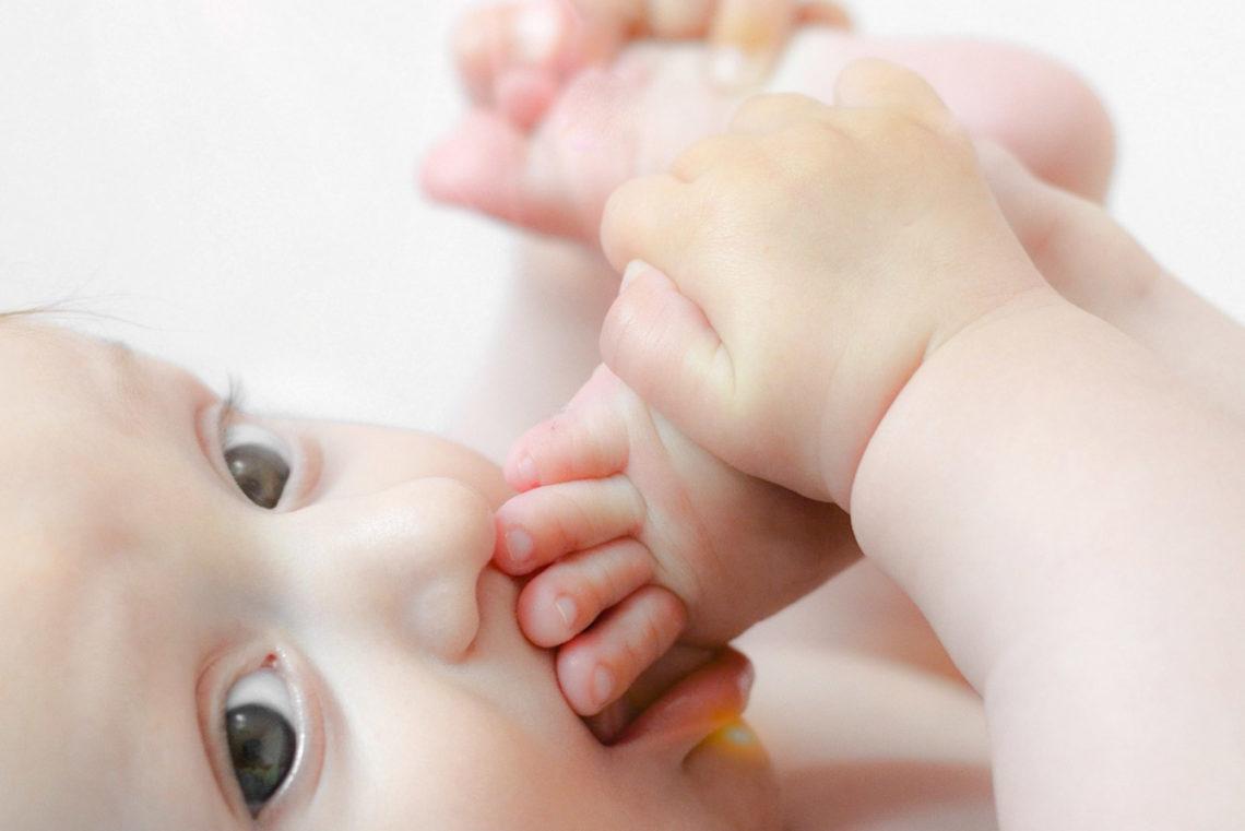 Детские запоры как помочь ребёнку