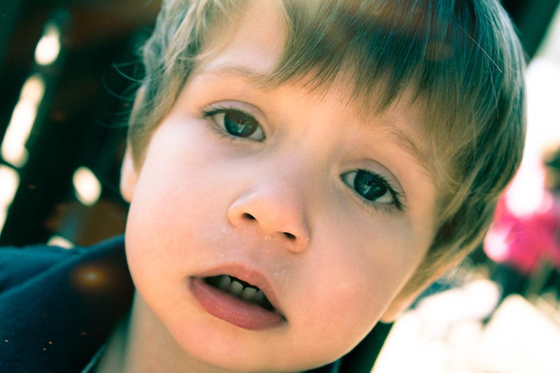 Как справиться с истериками 3-летнего ребёнка